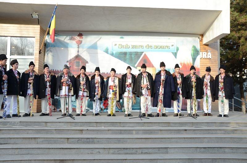 Ansamblul folcloric ''Valurile Dunarii'' - Giurgeni - Ialomita