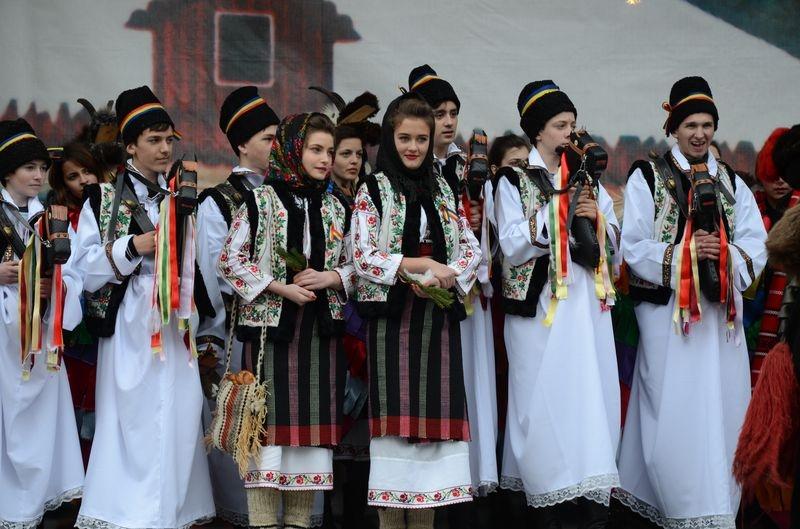 Ansamblul folcloric ''Doina Costestilor'' - Botosani
