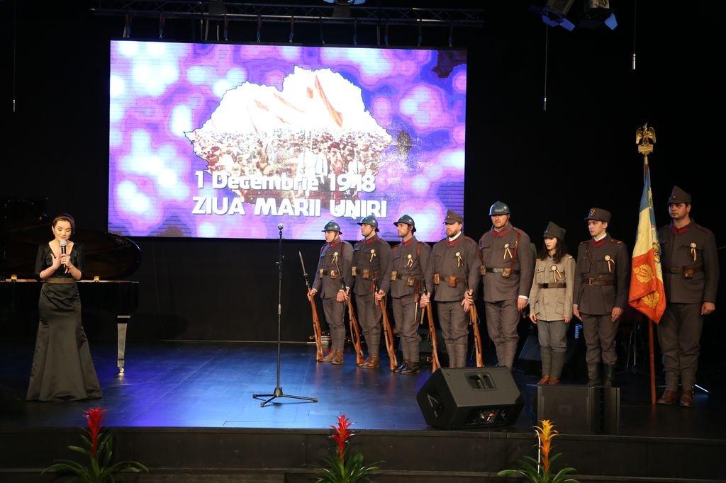 Miruna Ionescu - recital poezie